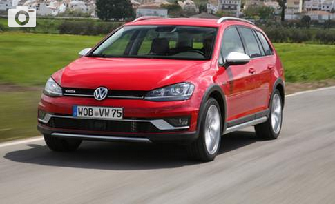 2017 Volkswagen Golf SportWagen Alltrack Specs and Review