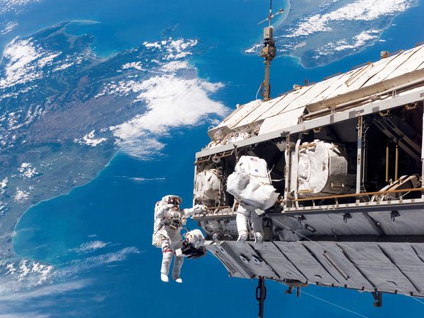 ISS,image,new,photos,astronaut,space station
