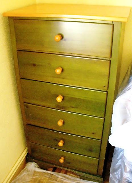 Naifandtastic decoraci n craft hecho a mano for Muebles de pino para pintar