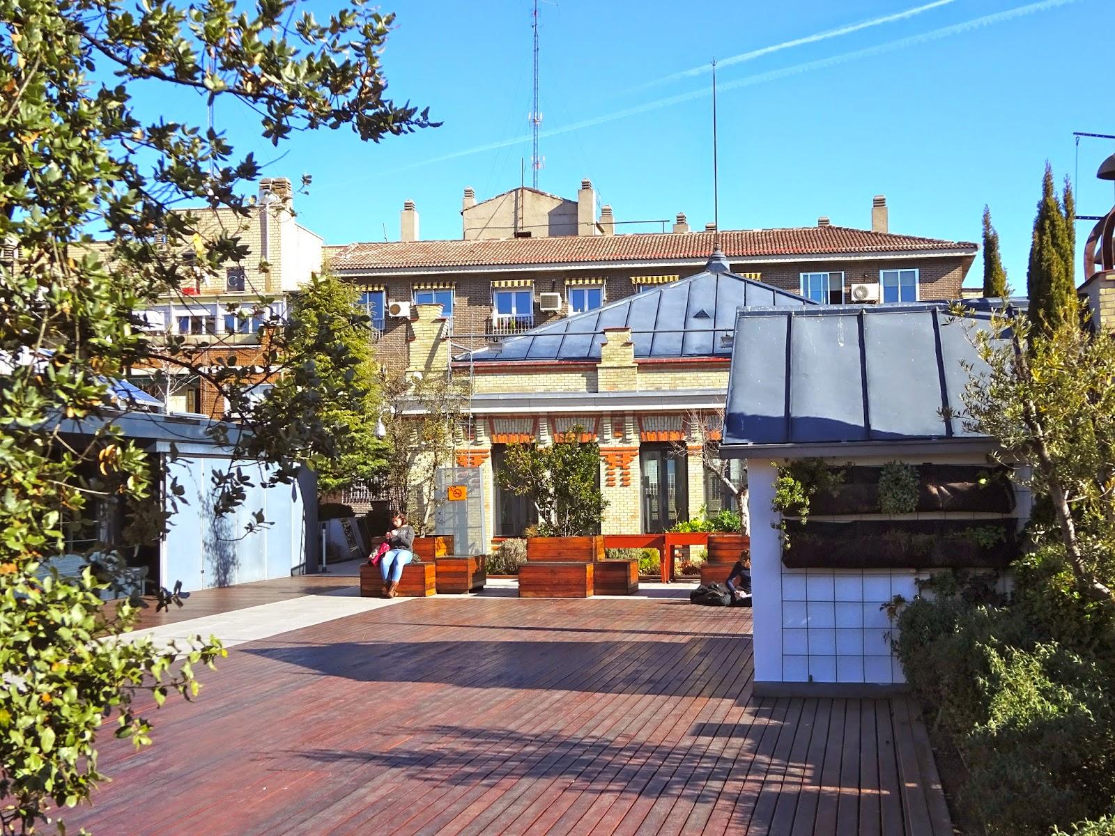 Estamostendenciados la terraza de la casa encendida un for Casa de granada terraza madrid