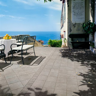 Arredo in impermeabilizzazione pavimenti esterni e balconi for Arredo balconi e terrazze