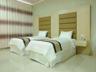 kamar Maumu Hotel And Lounge