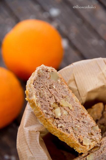 cantucci con farina di castagne e noci