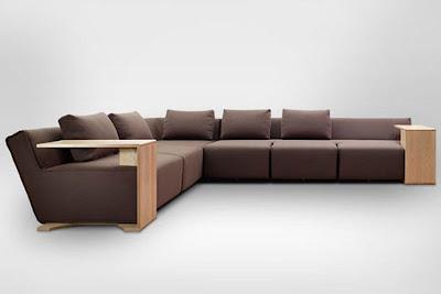 Sofa dengan Meja Portable
