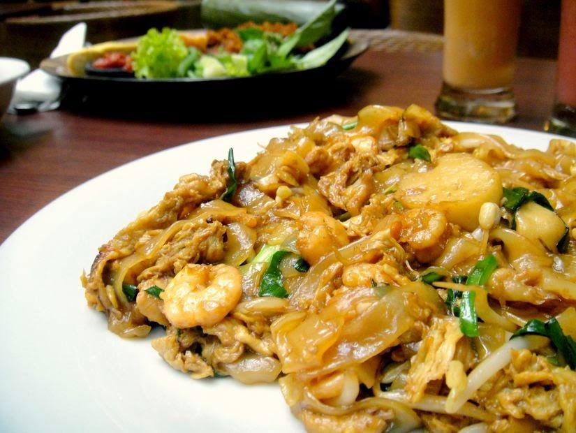 resep membuat kwetiau goreng spesial sederhana di rumah sendiri