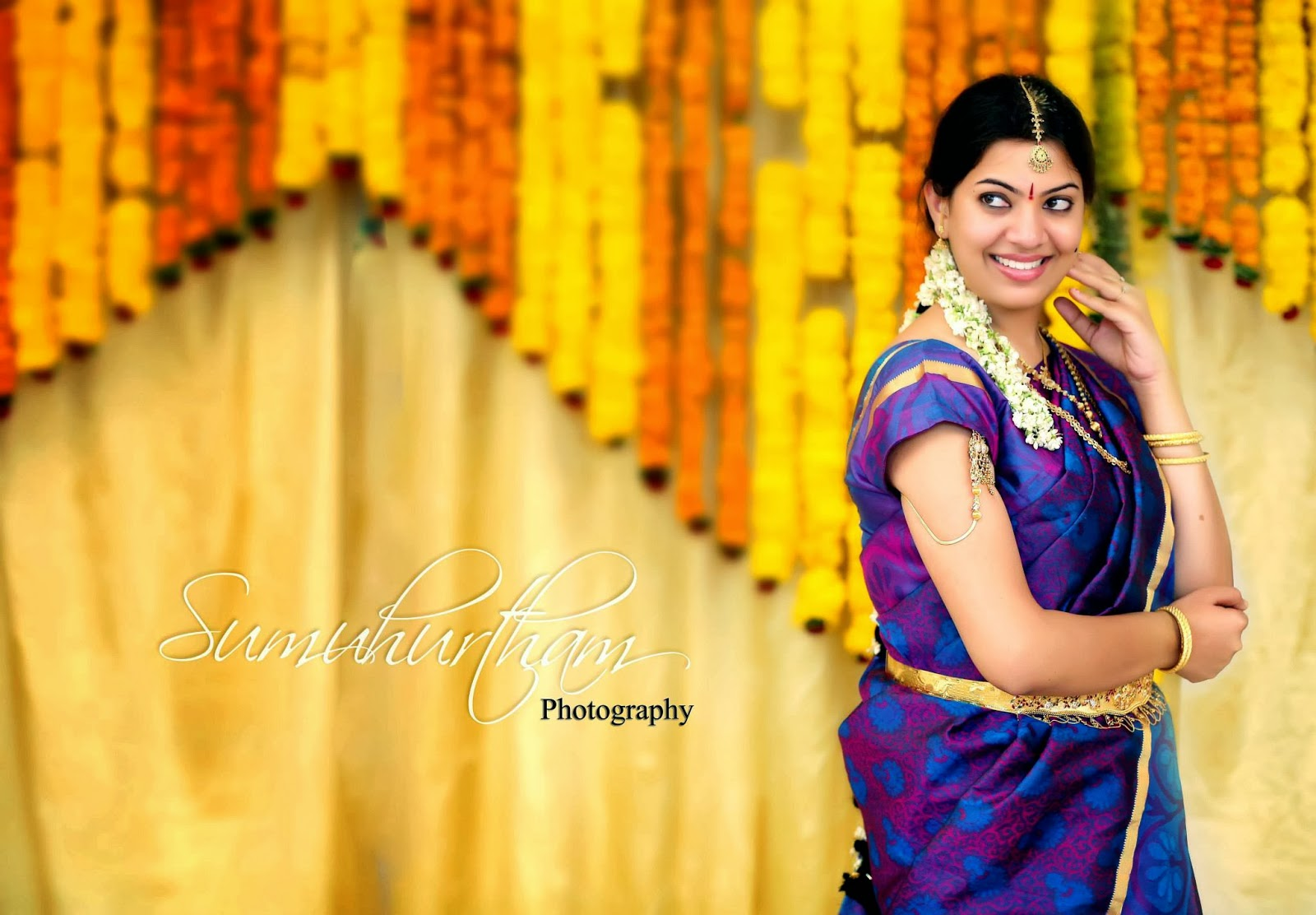 Geetha Madhuri Exclusive Photoshoot - AtozCineGallery