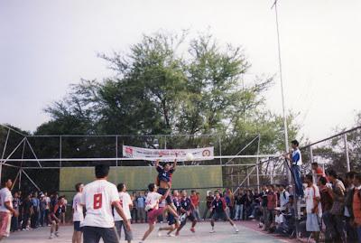 Pertandingan Bola Voly ini di adakan oleh HIMIPOL bekerjasama dengan Bank Negara Indonesia.