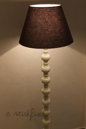 shabby chic stehlampe nordahage. Black Bedroom Furniture Sets. Home Design Ideas