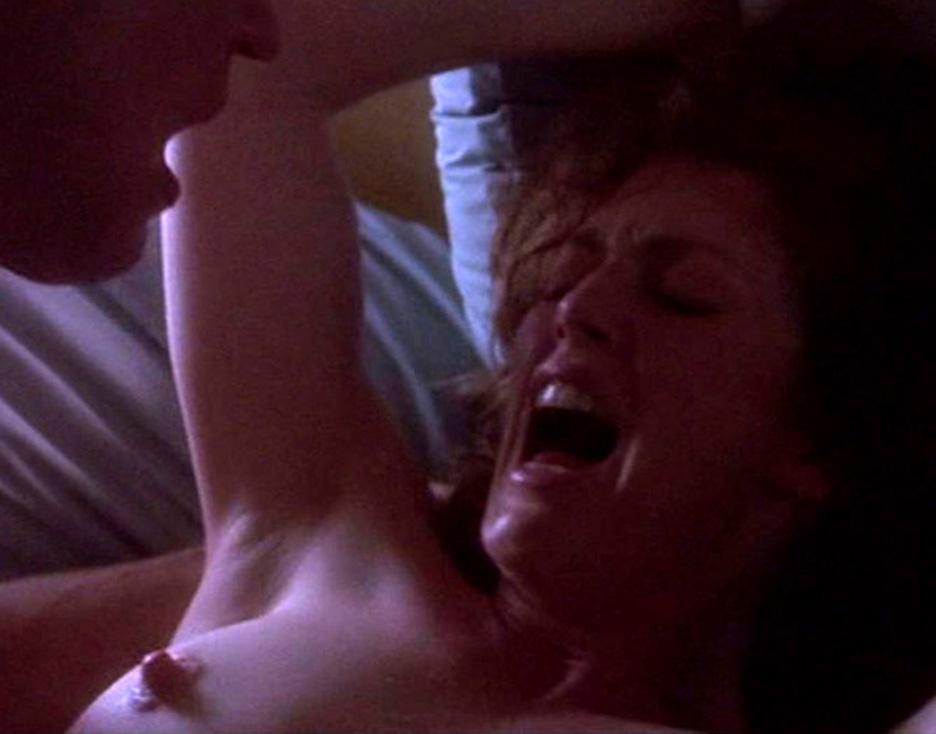 Джулианна мур секс порно, голые девушки с большими сисями видео