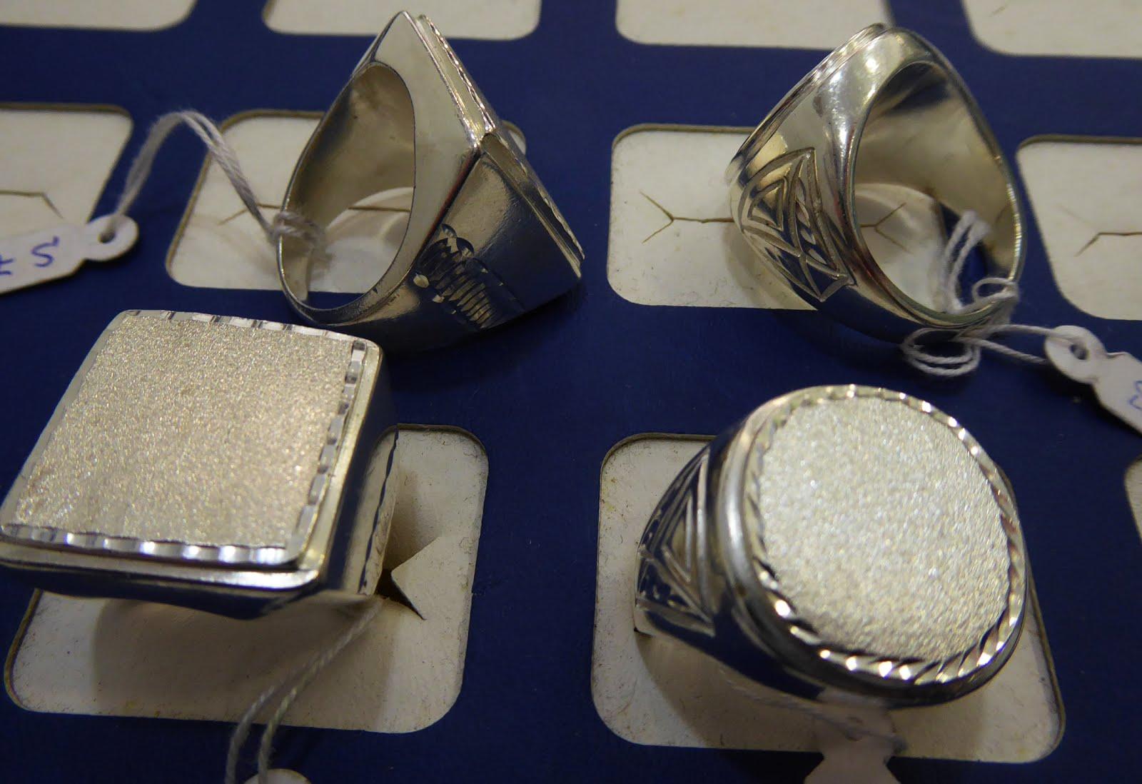 Sellos grandes de plata para caballero