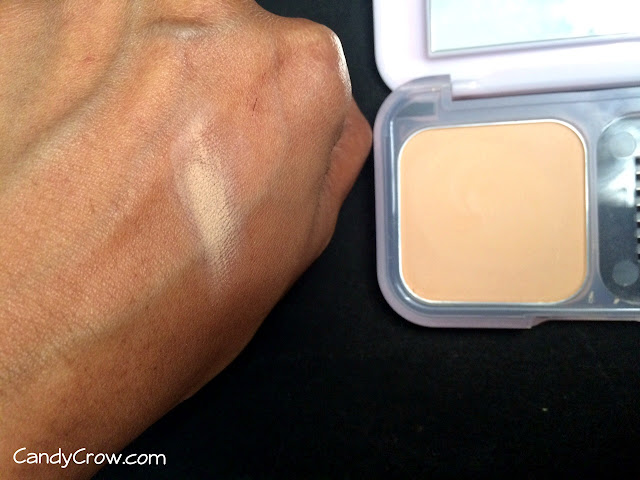 Maybelline Clear Glow Compact Review shade Natural 3