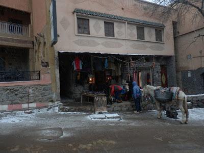 Porteadores-en-Imlil-antes-de-subir-al-Toubkal