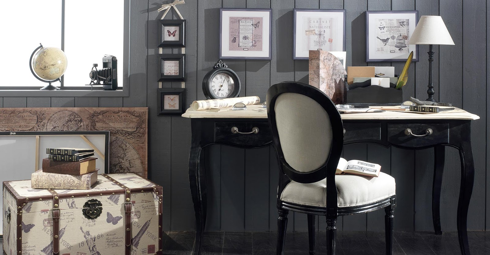 Boiserie c legno nero invecchiato per l 39 arredamento - Maison du monde italia ...