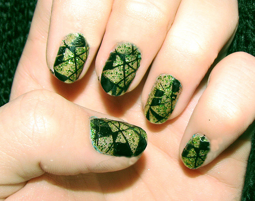 Green Shades Criss Cross Nail Art