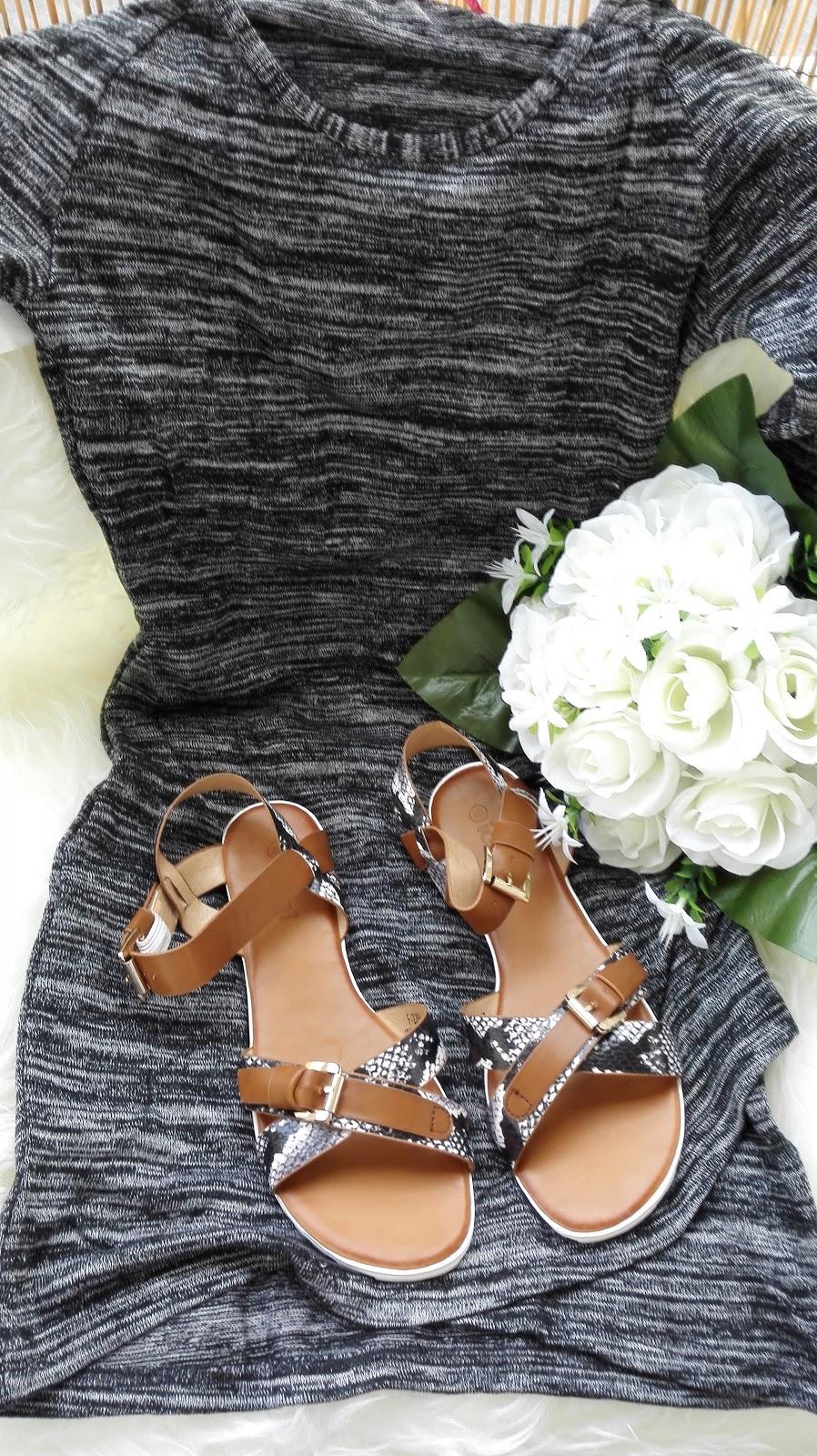 robe et Sandales La modeuse