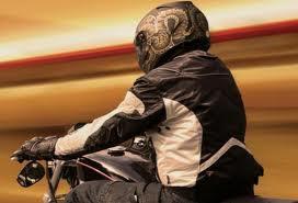 jaqueta de moto, airbag, airbag para moto, airbag moto, colete airbag, colete, colete moto, moto, velocidade, queda de moto, caindo da moto, motovelocidade, protecao, proteção, motoca, moto esportiva, cuidado