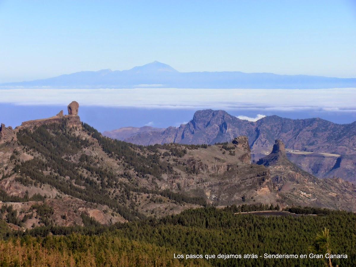 Vistas del Roque Nublo, Roque Bentayga y El Teide