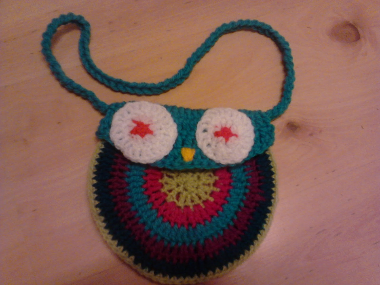 Crochet Owl Bag Pattern Free : Bits and Bobs Zone: Crochet Owl Bag.