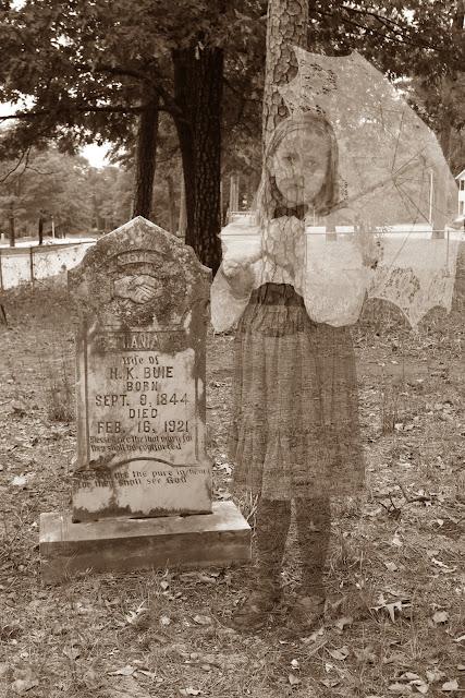 http://3.bp.blogspot.com/-fZtPJ5A0P1c/UHgfBlHxwmI/AAAAAAAAOwc/pvpqwY7r1eg/s640/hailee+in+graveyard+sepia+jpeg.jpg