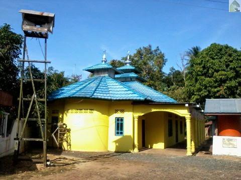 Langgar Nurul Huda di Desa Padang Luas RT. 5