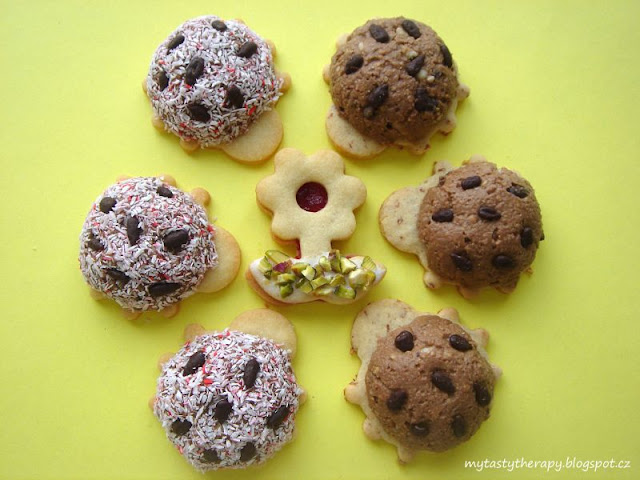 No bake coconut ladybirds