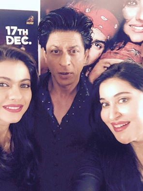Morning Show Host Shaista Lodhi with famous film star Shahrukh Khan recently pic captured in Dubai.Shahrukh khan promoting his new film Dilwale.