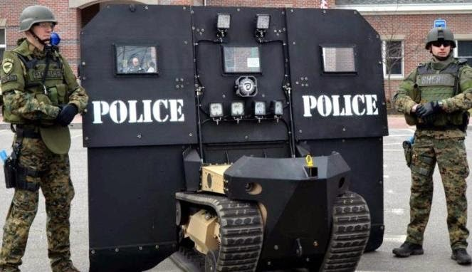 SWAT-Bot Kendaraan Robot Canggih untuk Basmi Teroris