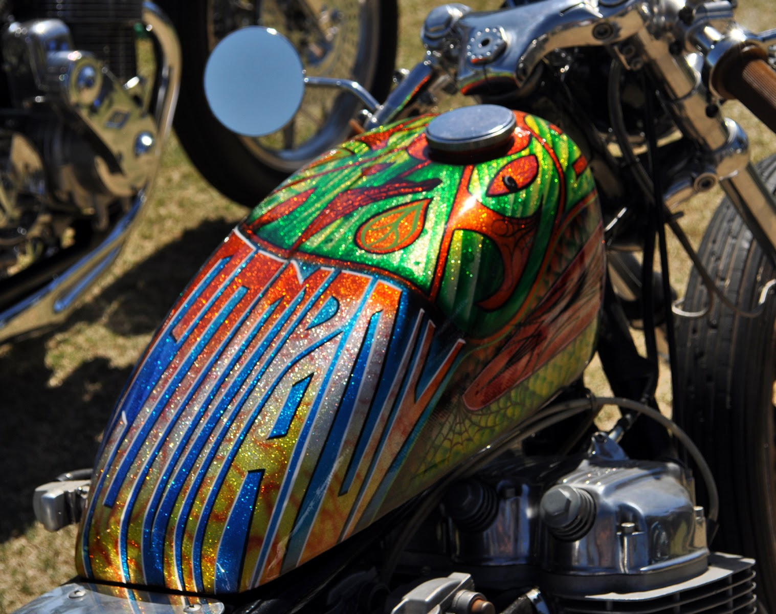motorcycle paint jobs great gas tank paint job cool motorcycle paint. Black Bedroom Furniture Sets. Home Design Ideas