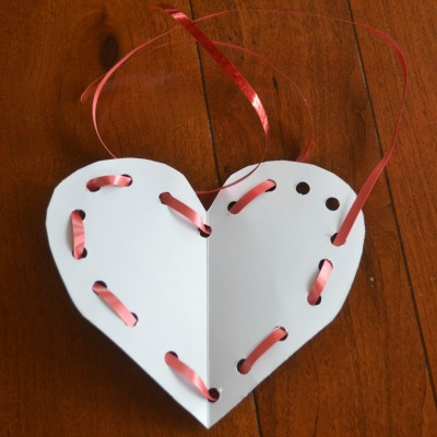 DIY Valentine lacing toy card