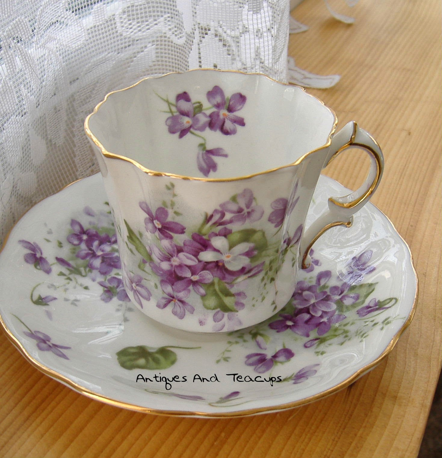 Johnson Bros Old Fashioned Parique Coffee Cups