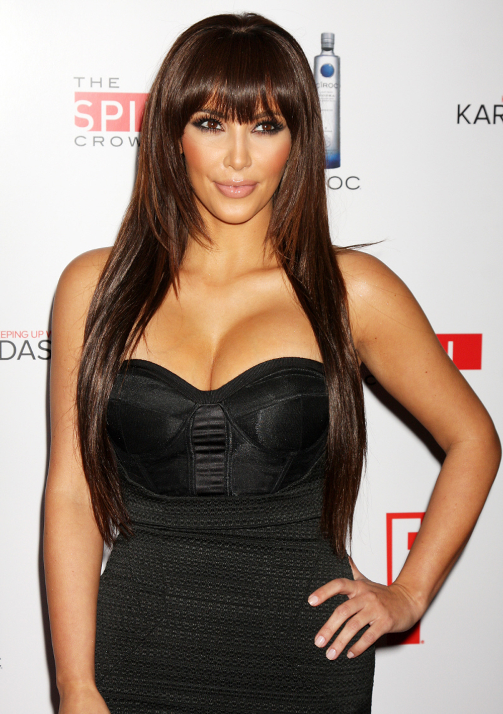 Kim Kardashian Straight Hair 01