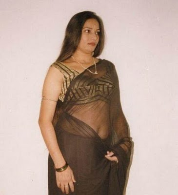 hot pakistani aunties pictures