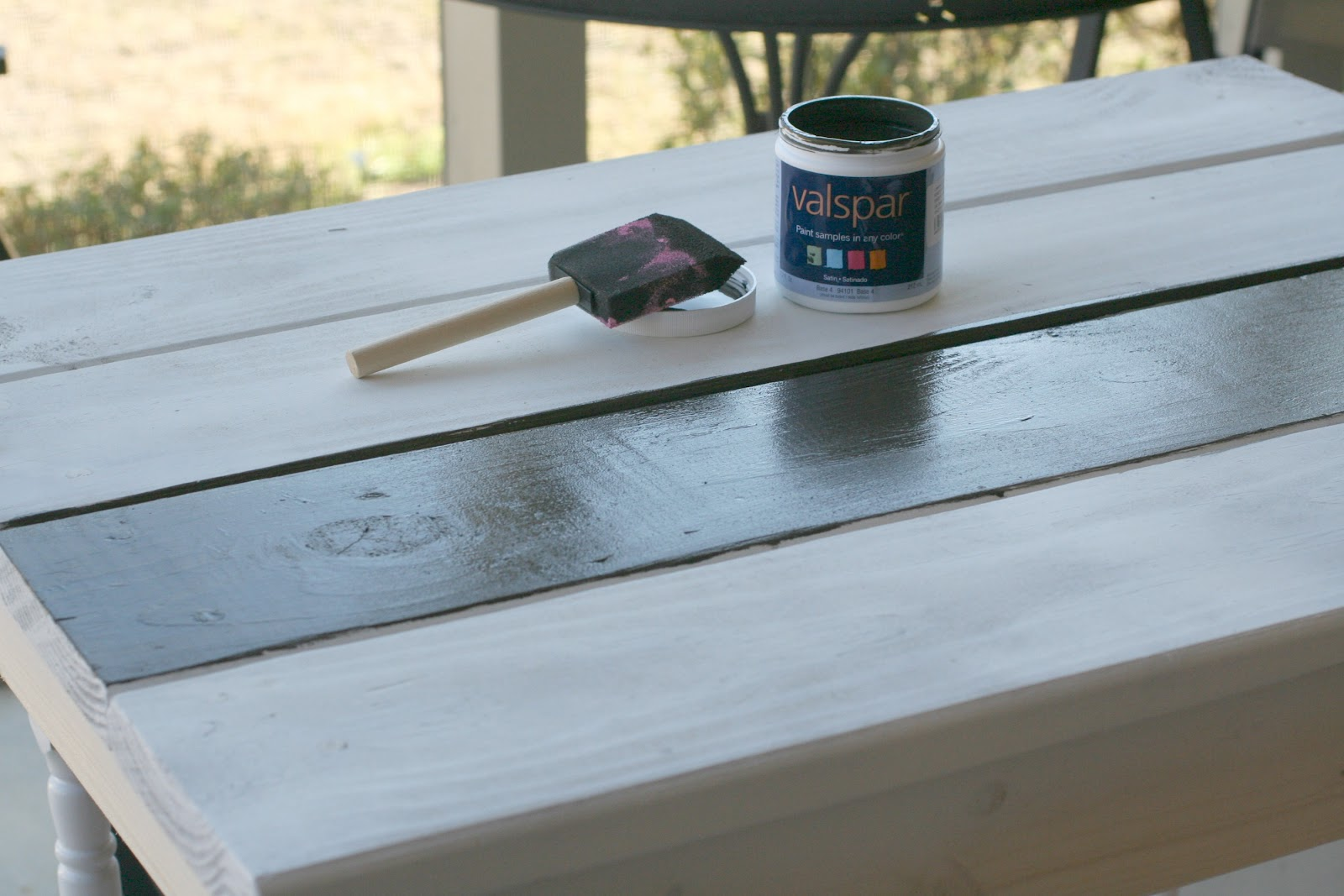 Pallet Art Table | Here Comes The Sun