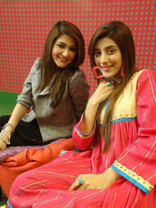 Sindhi World : Urwa VJ images Vj Mawra And Vj Urwa