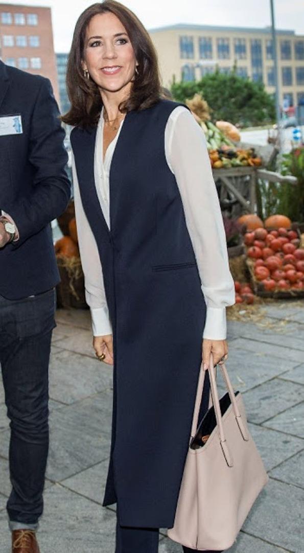 Princess Mary Attended The 'Free Of Bullying' Seminar