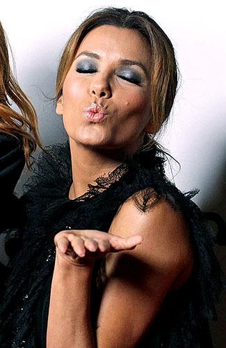 Tuju Ciuman Termahal Artis Dunia [ www.BlogApaAja.com ]