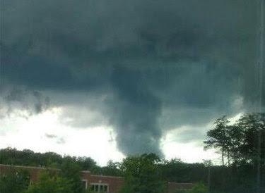 Según Servicio Meteorológico Nacional dice siete tornados confirmados tocaron tierra en Maryland  entre las 2:30 pm y las 7: 30 pm del Viernes. 247908