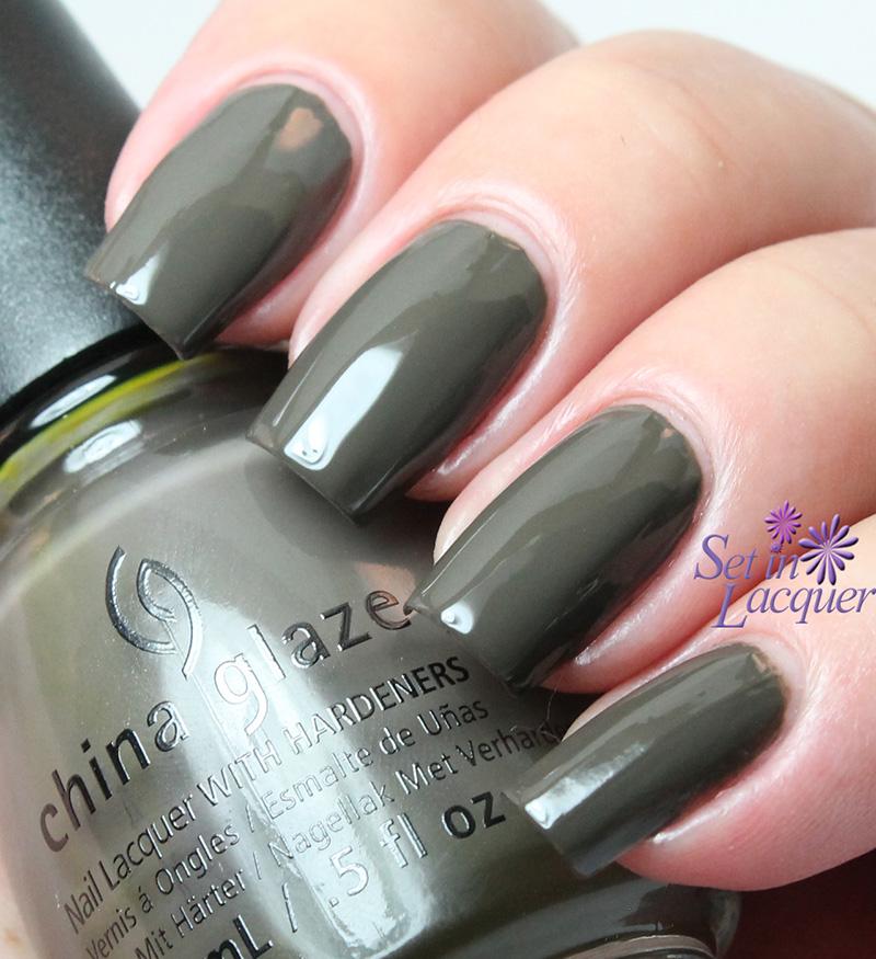 China Glaze - Don't Get Derailed