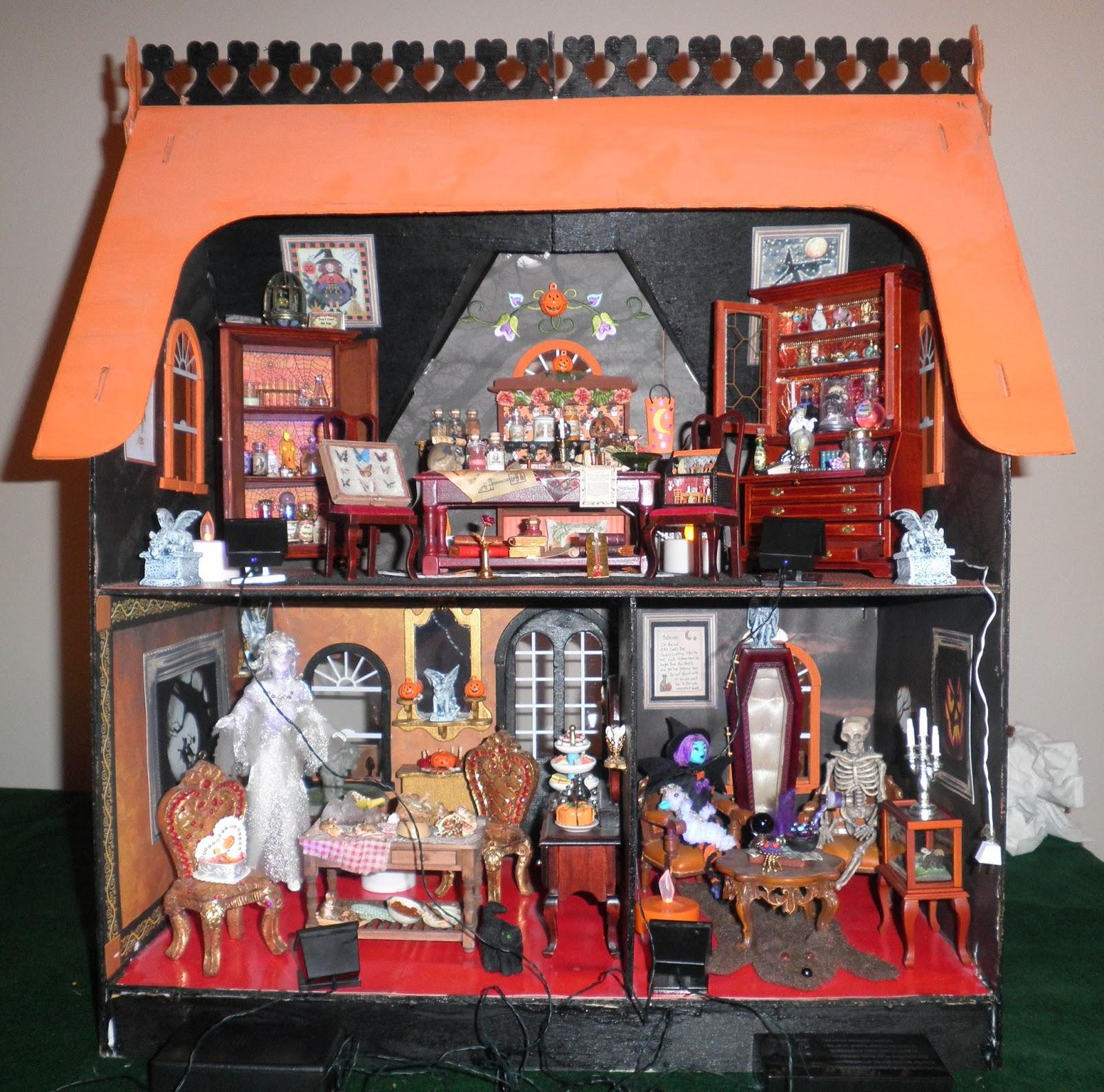 miniature haunted dollhouse tour