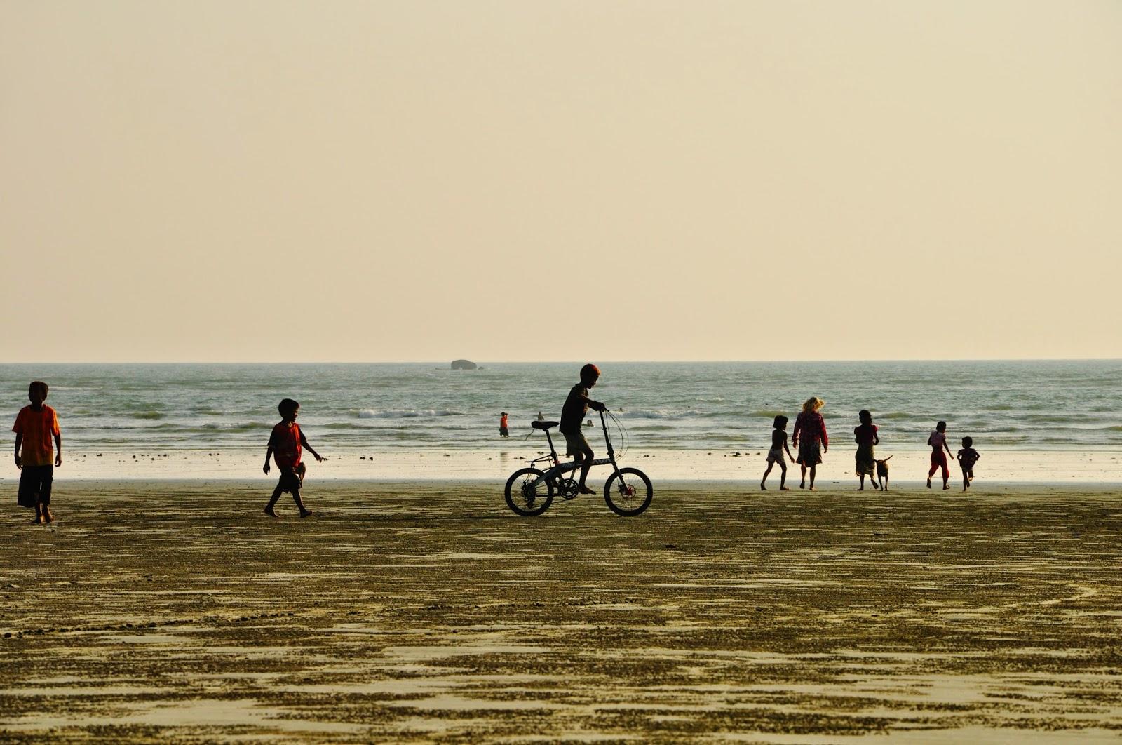Myanmar (Burma) - Maungmagan Beach