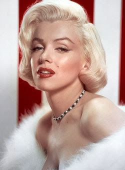 Monroe's wedding ring & nude painting up for grabs