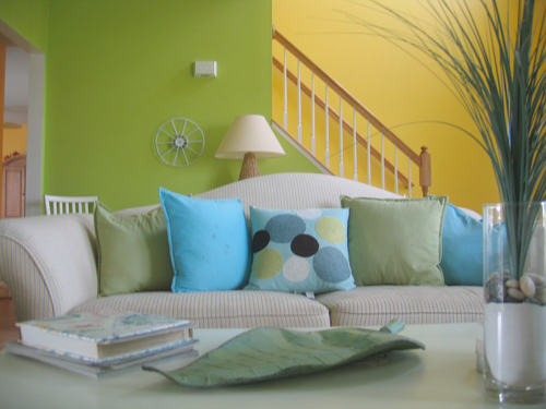 Wall colors for living rooms interior design and deco for Colores de pintura para sala