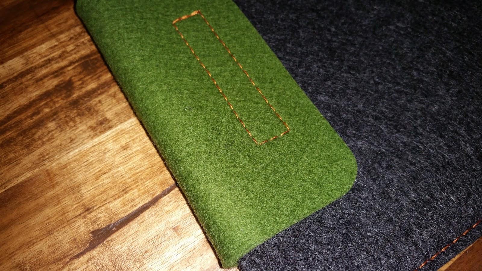 der tester almwild tasche aus filz f r das macbook air 11. Black Bedroom Furniture Sets. Home Design Ideas