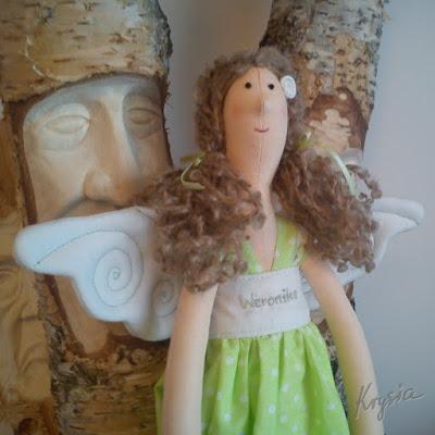 anielica Weronika wśród Leśnych Ludków