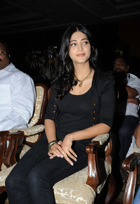 shruthi han at 7th sense movie launch photo gallery