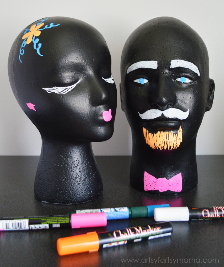 DIY Chalkboard Heads at artsyfartsymama.com #MakeItFun
