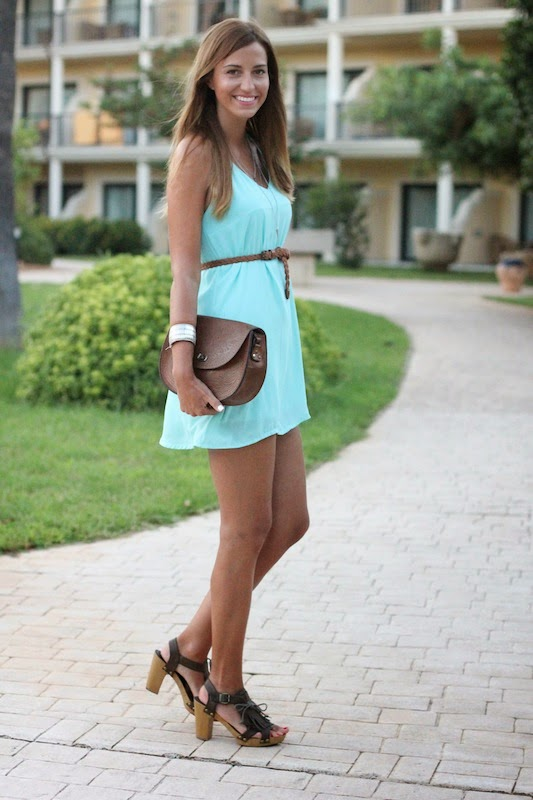 malena_costa_estilo_look_vestido_sheinside_blog_Fashion_blogger