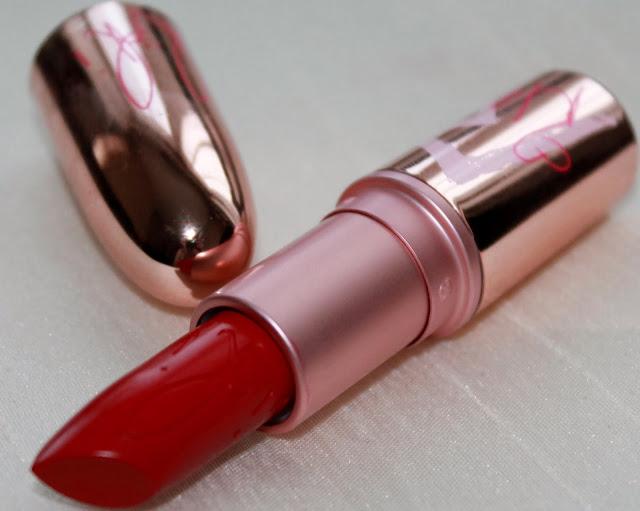 Riri Hearts MAC RiRi Woo Lipstick