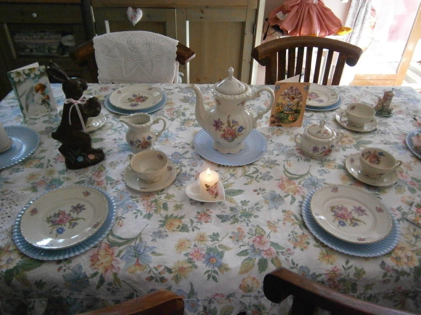 The romantic rose tocchi di celeste sulla mia tavola - Un angelo alla mia tavola ...