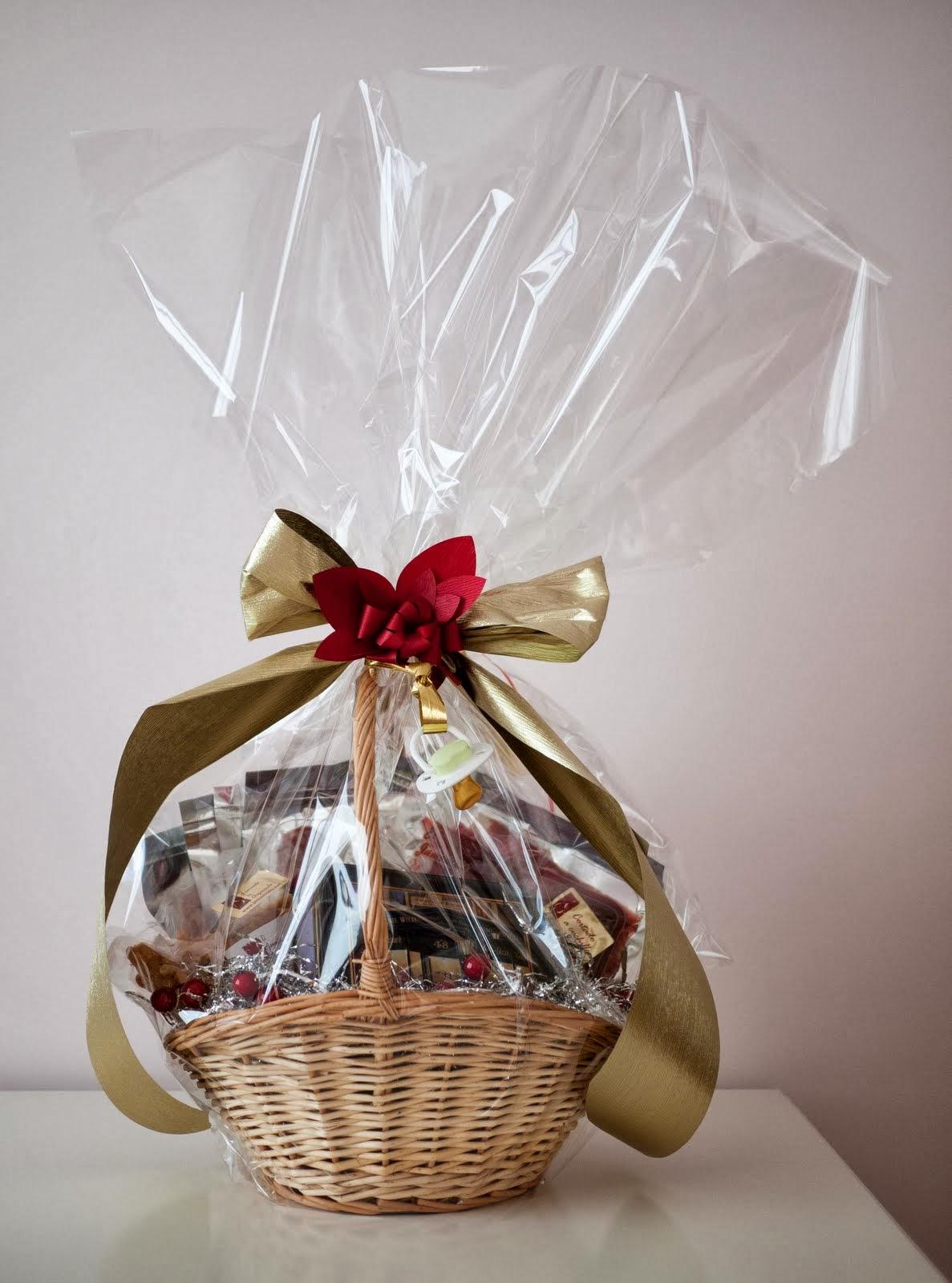 Cesta de embutidos ibéricos de regalo para la mamá